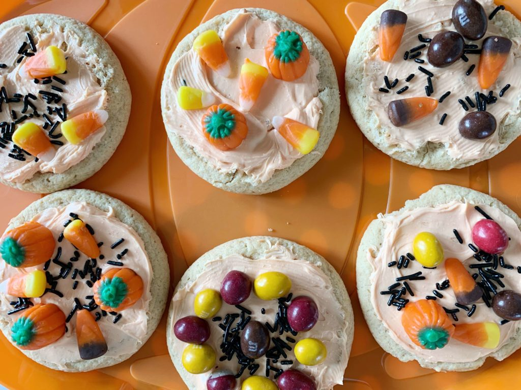 Wondering how to host a Halloween cookie decorating party for kids that's fun for the children but also stress-free for the moms!? Well, this Type A personality, overly organized, clean-freak mom has you covered. Check out all my tips and tricks to help you host the perfect cookie decorating party and still keep your sanity in the process. #halloweenfun #halloweenparty #halloweencookies #lakelifestateofmind