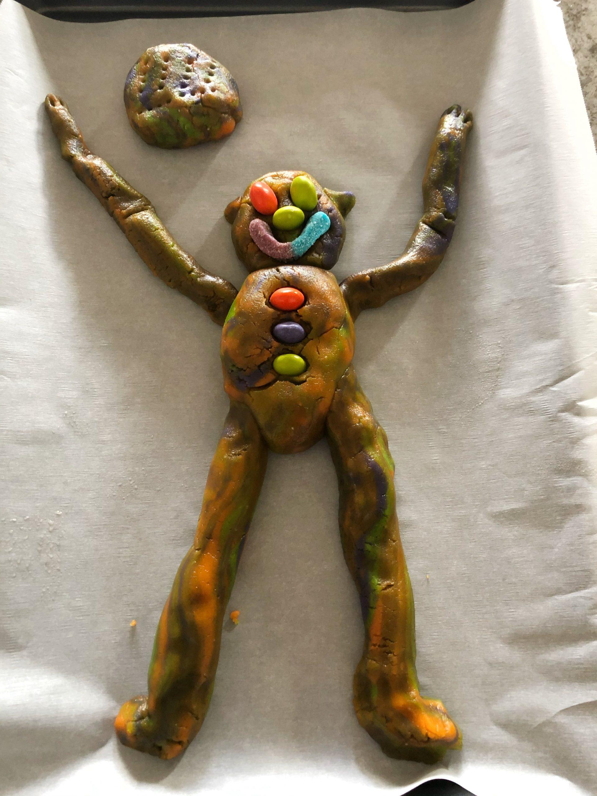 teddy bear tie dye cookies