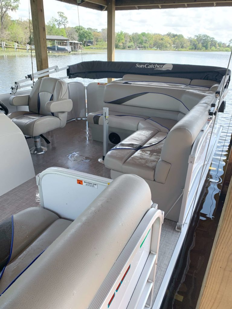 8 Reasons Why You Need to Buy a Pontoon Boat | Pros to buying a pontoon