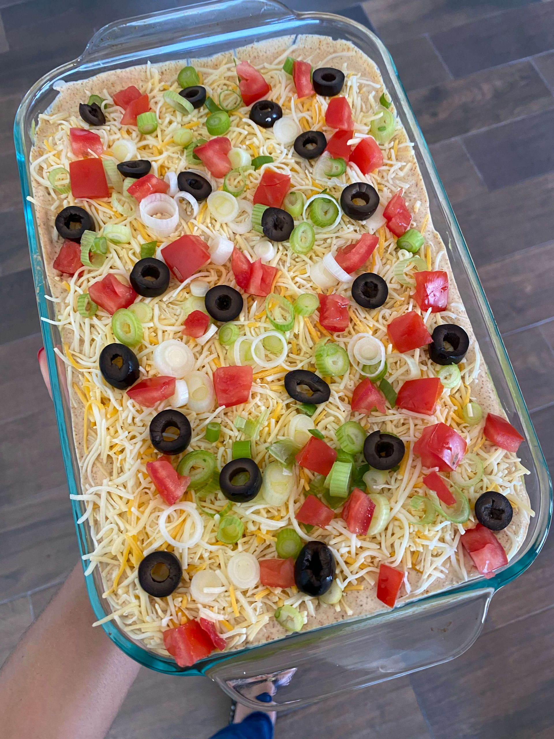 Super Easy 7 Layer Taco Dip