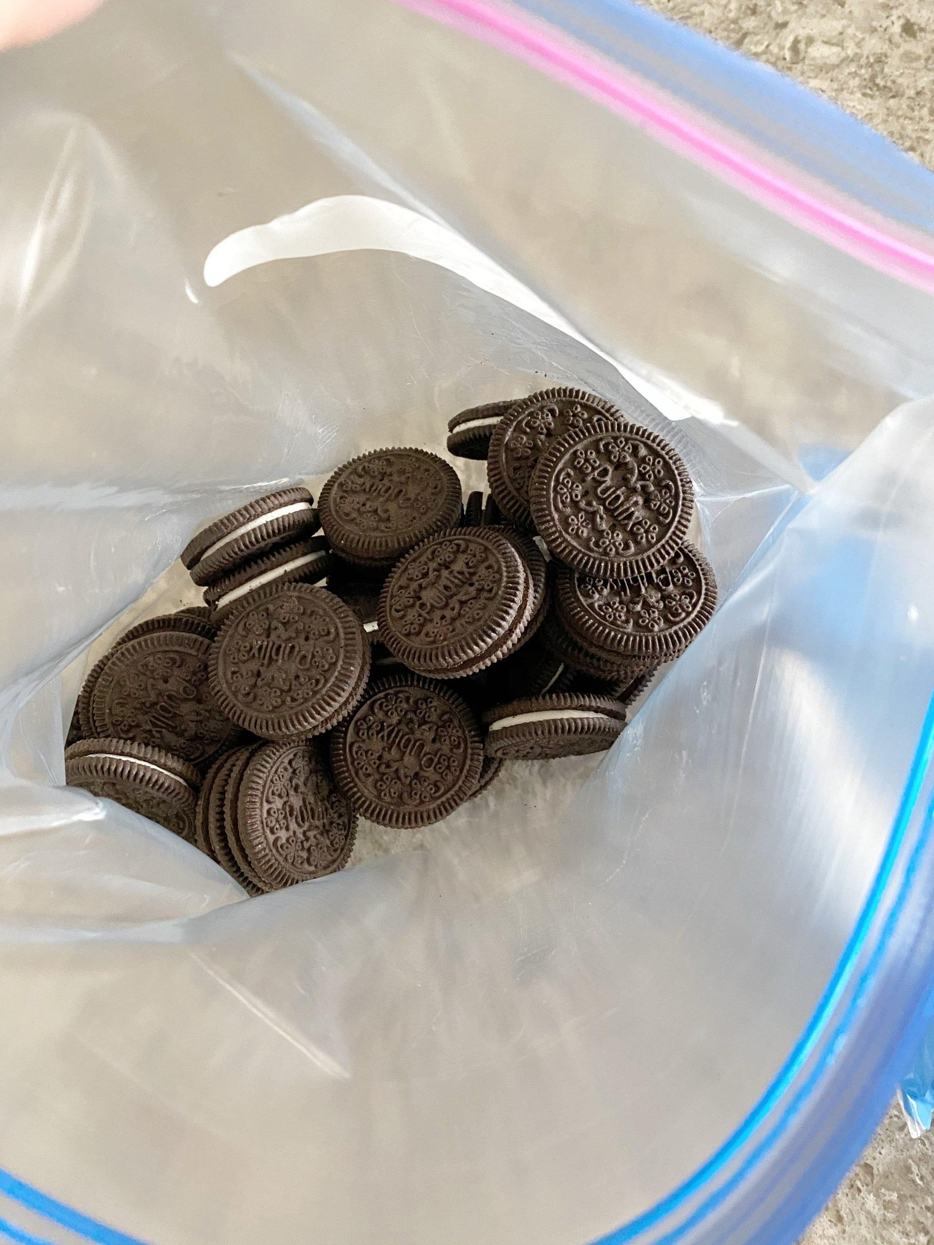 Chocolate Sandwich Cookies in Ziploc