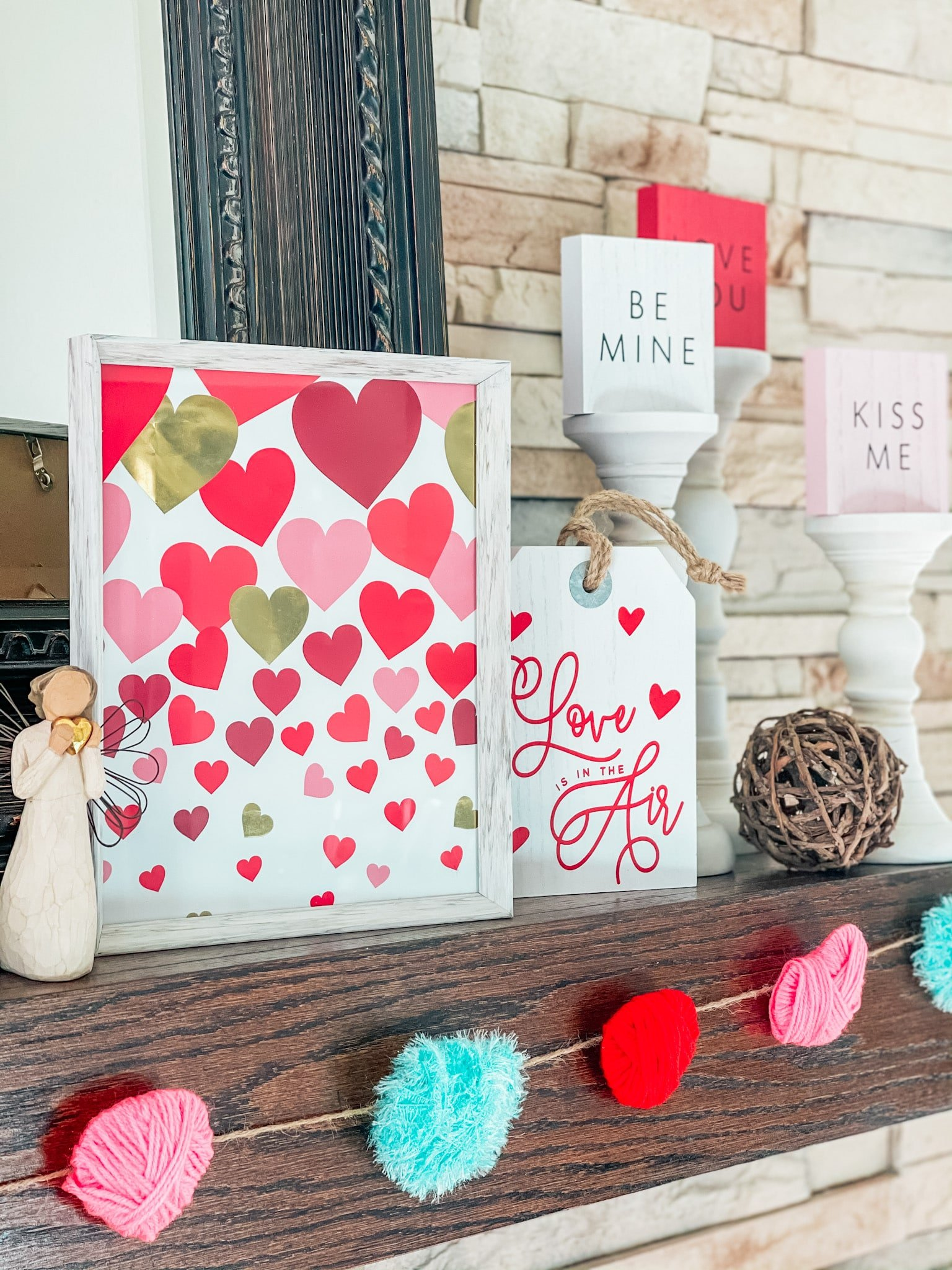 fireplace mantel Valentine's Day decorations