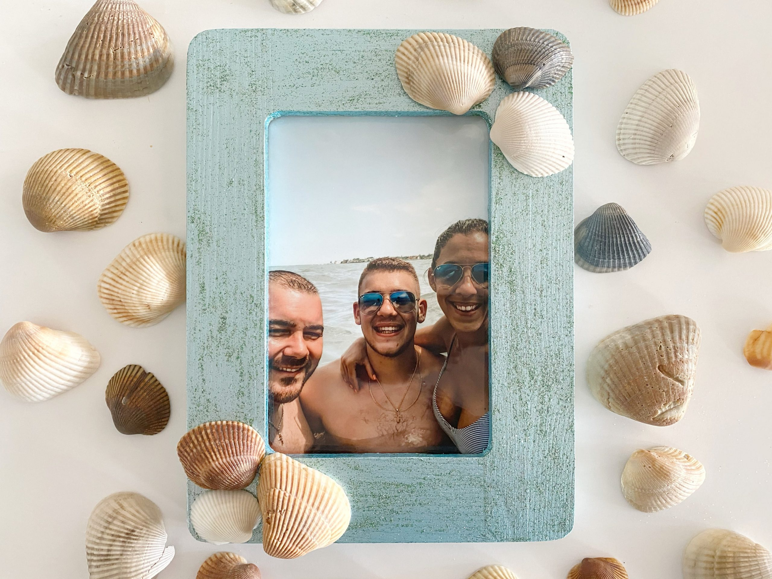 Easy Seashell Frame Craft Idea