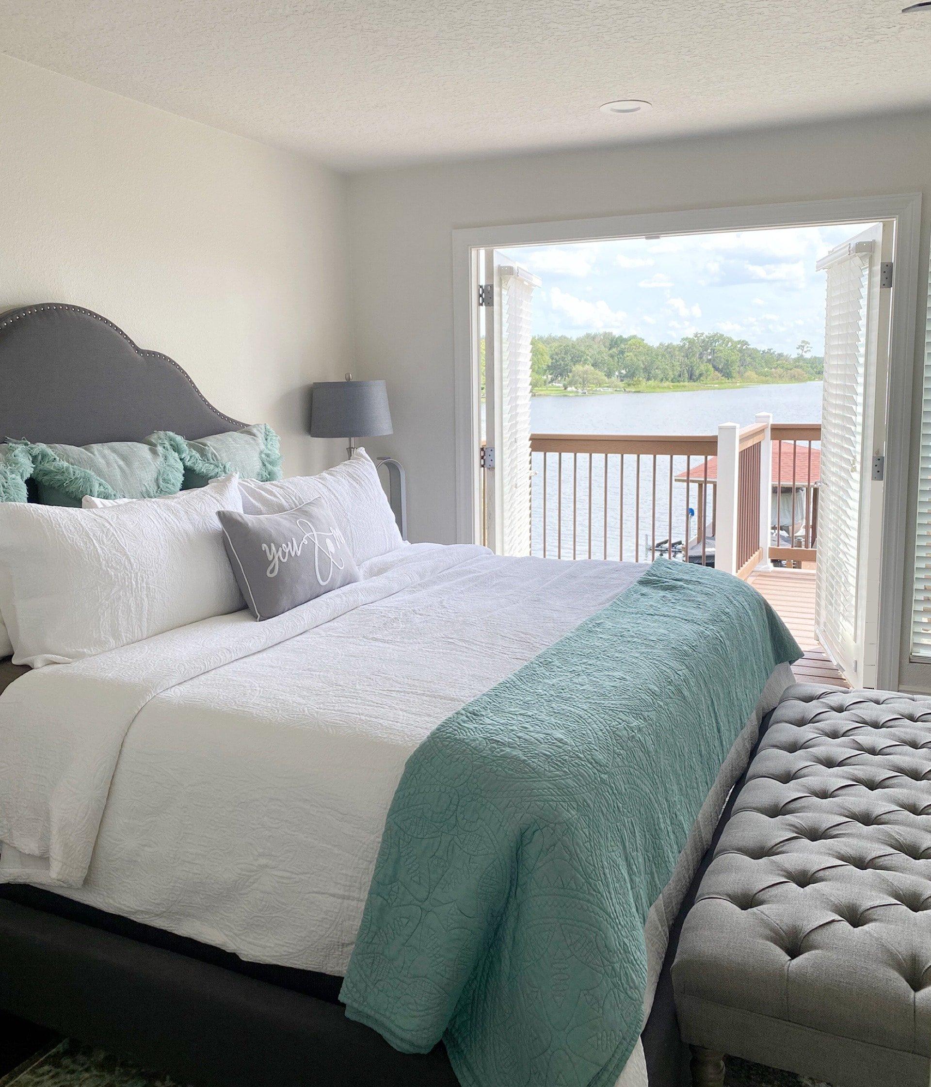 lake house master bedroom decor ideas