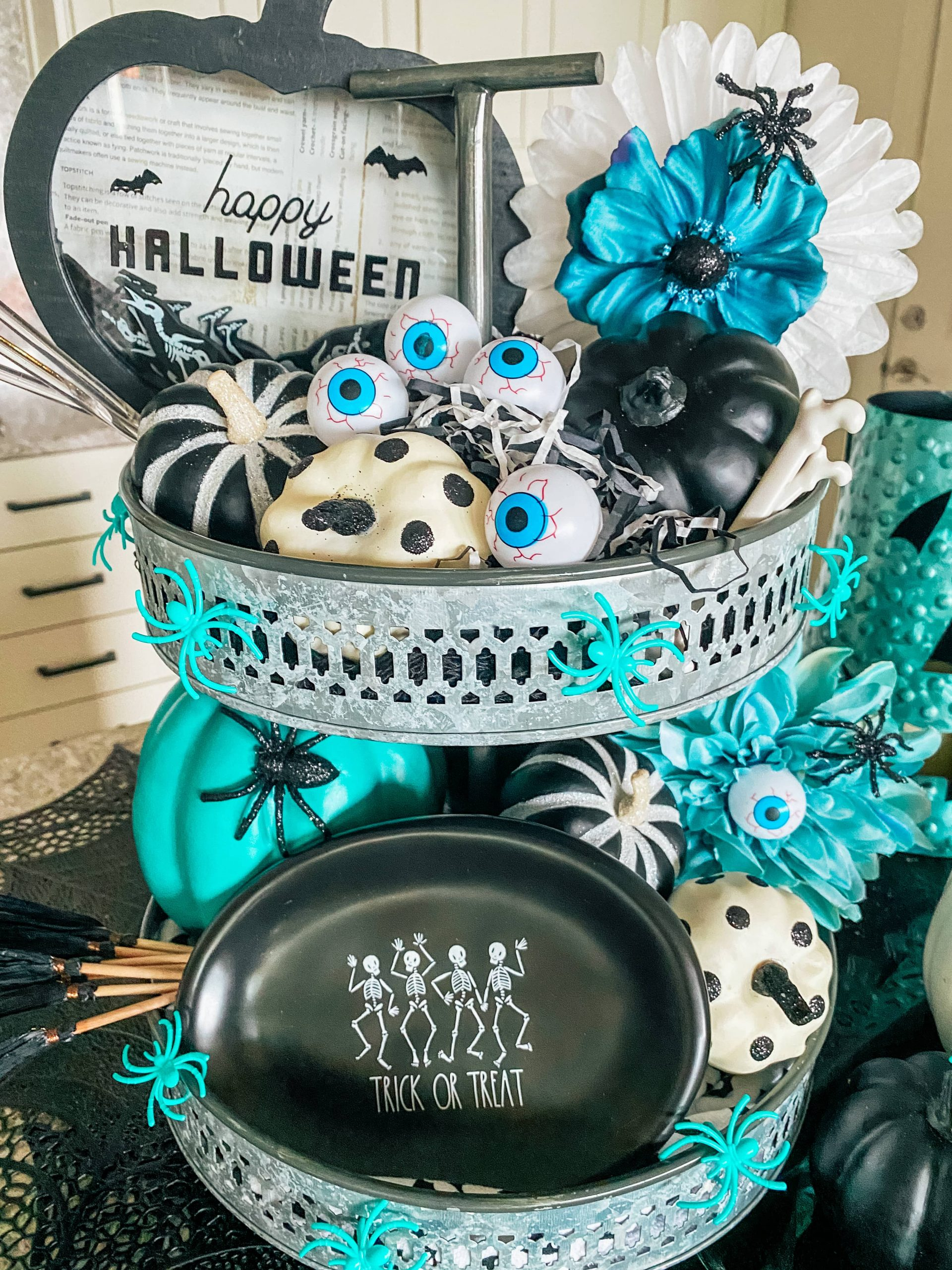 Halloween Tiered Tray Decor
