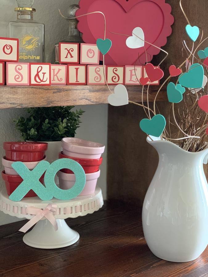Valentine's Day Bar Decor