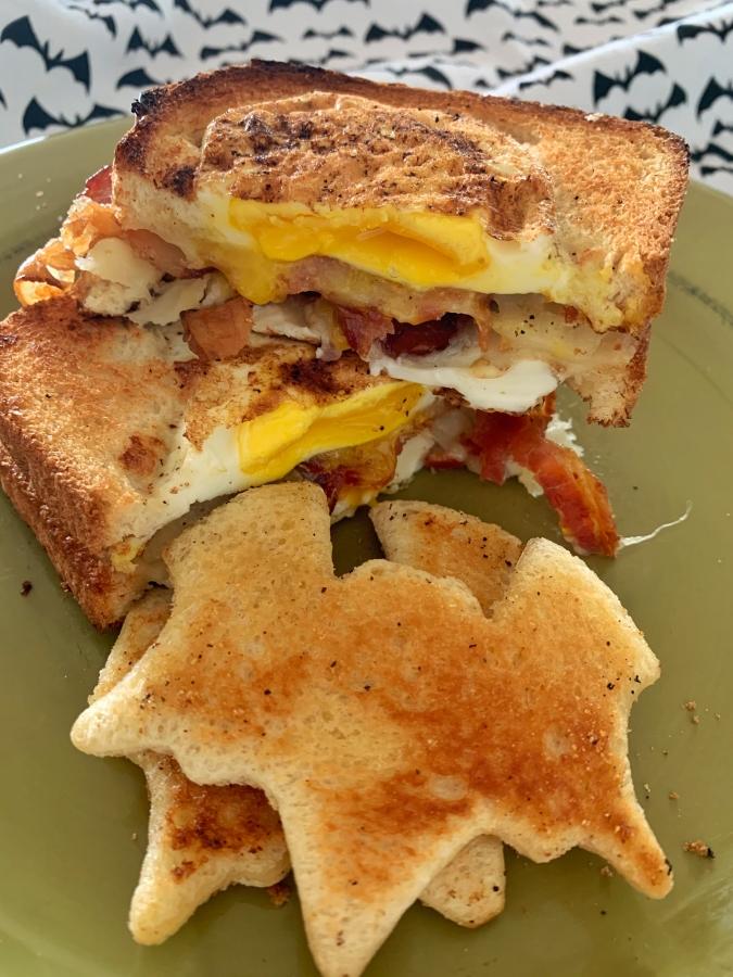 Eggs in a Basket Breakfast Sandwich