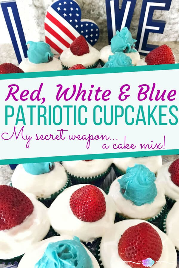 Red, White and Blue Cupcakes are an easy 4th of July dessert recipe. Easy cake mix recipe. #4thofJuly #4thofJulycupcakes