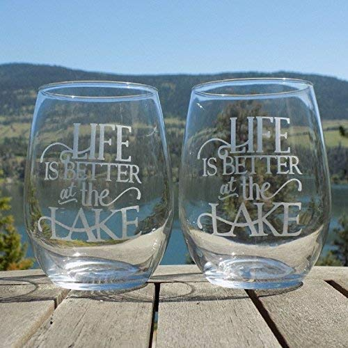 Lake Life Etched Wine Glass | Lake House Gift Ideas